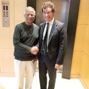 Studiogazzani e Massimo Gazzani hanno incontrato ieri a Milano Muhammad Yunus economista e banchiere bengalese, Premio Nobel Economia nel 2006.